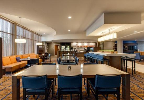 Malvern, PA: Dining Area