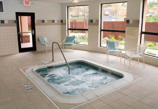 Blacksburg, VA: Indoor Whirlpool