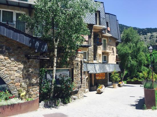 Photo of Hotel Llop Gris El Tarter