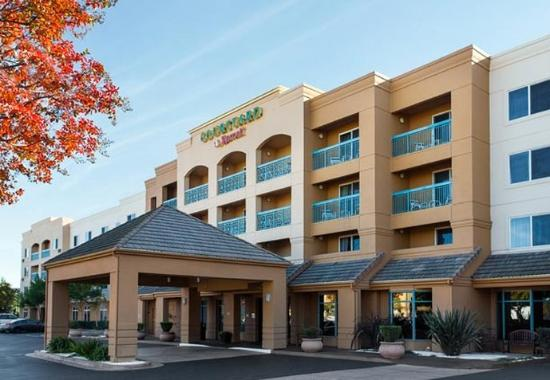 Photo of Courtyard By Marriott Pleasant Hill