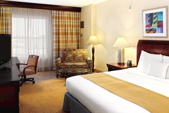 Modesto, CA: King Suite Bedroom