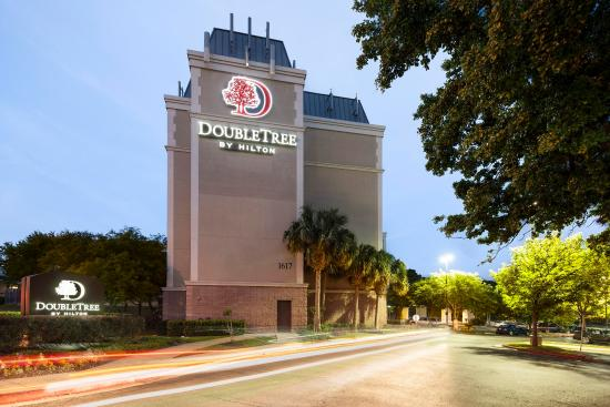 DoubleTree by Hilton Austin - University Area: DoubleTree Austin University Area Hotel Exterior