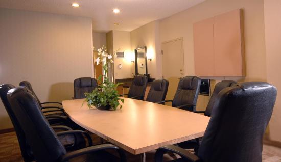 馬林縣聖拉菲爾使館套房飯店照片