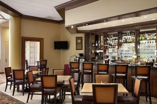 Centennial, CO: Bar