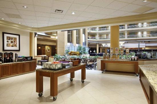 Centennial, CO: Breakfast Area