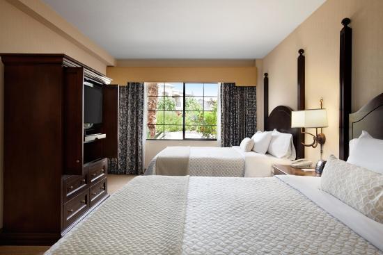 Embassy Suites by Hilton La Quinta Hotel & Spa: Double Queen
