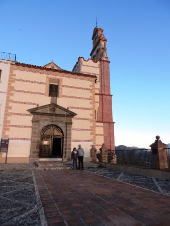 Alora, Hiszpania: Ingreso a la Iglesia