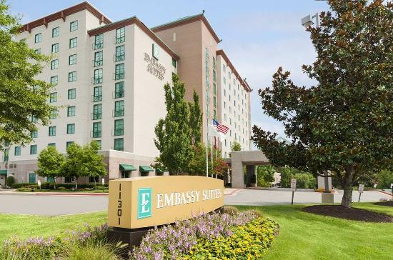 Photo of Embassy Suites Hotel Little Rock