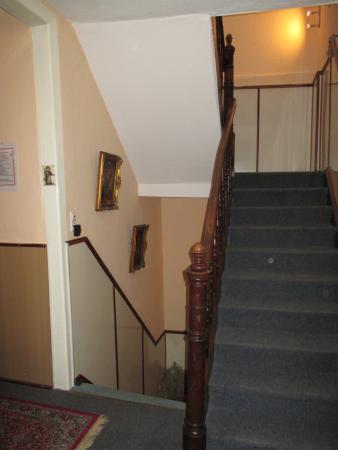 Hotel an der Fähre: лестница