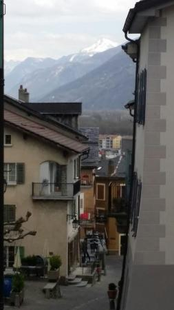 Saillon, Zwitserland: Petit bourg historique paisible en hauteur,vaut le détour(capitale de l'asperge)