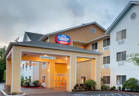Fairfield Inn & Suites Seattle Bellevue/Redmond: Entrance