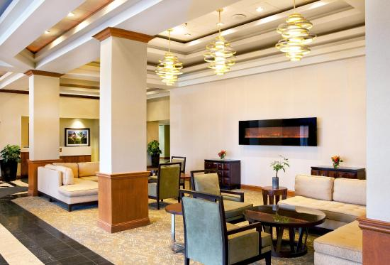 Pikesville, Maryland: Lobby Overview