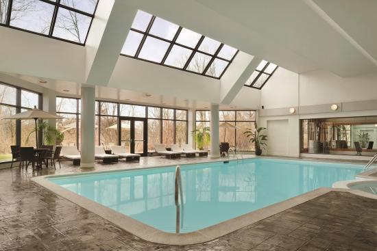 East Brunswick, NJ: Pool