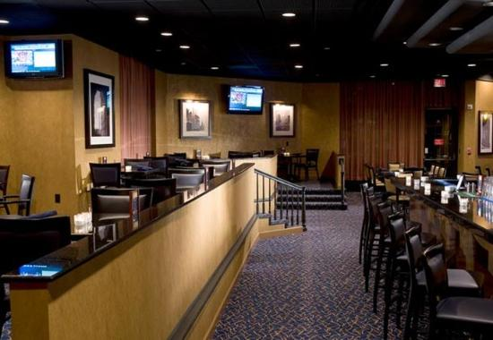 Greenbelt, MD: M Blue Bar & Lounge