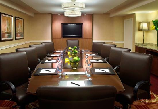 Newton, MA: Boardroom
