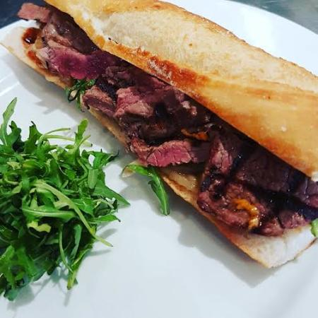 Wokingham, UK: Lunch at Jessy's: Steak baguette
