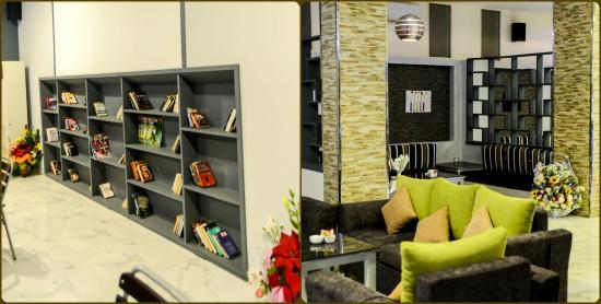 Ramada Restaurant & Lounge