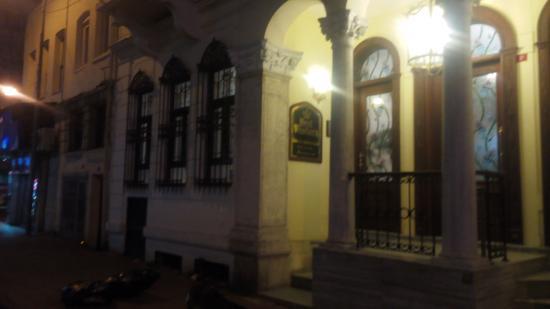 BEST WESTERN Amber Hotel: outside