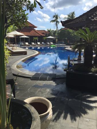 Kuta Beach Club Hotel: photo1.jpg