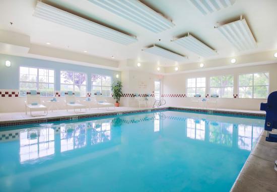 Morgan Hill, Kalifornien: Indoor Pool & Whirlpool