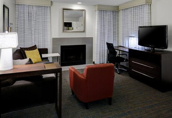 Independence, OH: Two-Bedroom Suite - Living Area