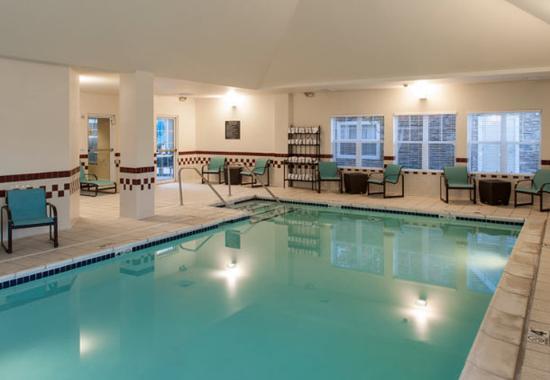 Rogers, أركنساس: Indoor Pool