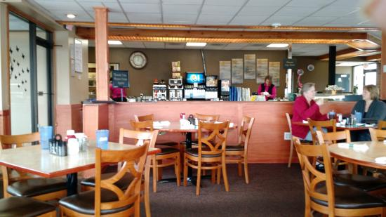 West Bend, WI: View to the kitchen area & counter for individual seating.