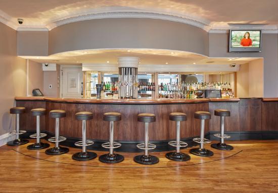Lancaster Gate Hotel : The Serpentine Bar