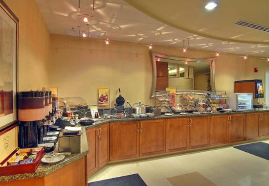 Medford, Oregón: Breakfast Buffet