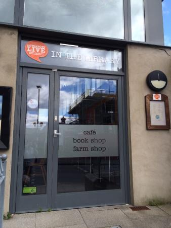 Routes Cafe: Now called Devonport Live in the Library