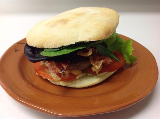 i Vitelloni: Hamburger di pecora