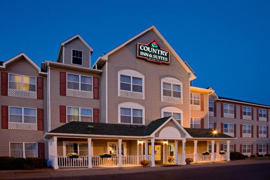 Photo of Country Inn & Suites By Carlson, Brooklyn Center