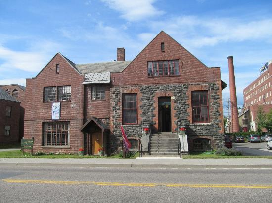 Saranac Lake, NY: The Saranac Laboratory Museum, built in 1894 as the first commercial laboratory for the study of