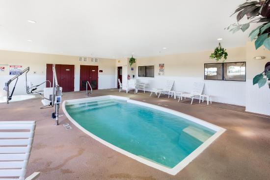 Plainview, TX: Pool