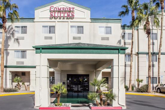 Photo of Comfort Suites Phoenix / MetroCenter