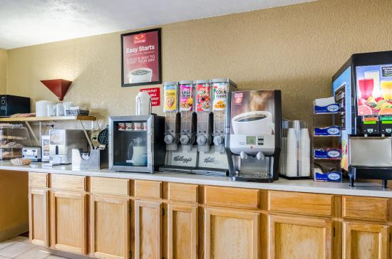 Ottawa, KS: Breakfast Area