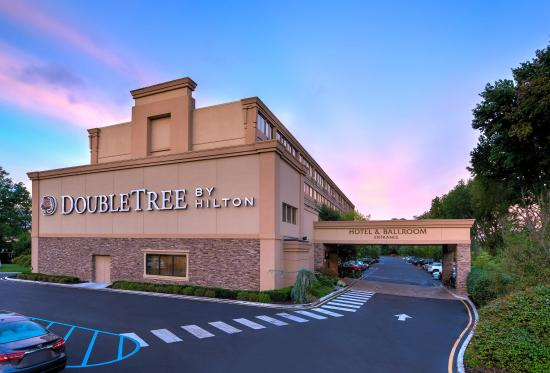 Photo of DoubleTree by Hilton Hotel Tinton Falls - Eatontown