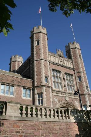 Collinsville, إلينوي: Washington University