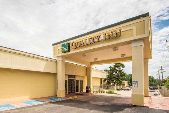 Photo of Quality Hotel Ponca City