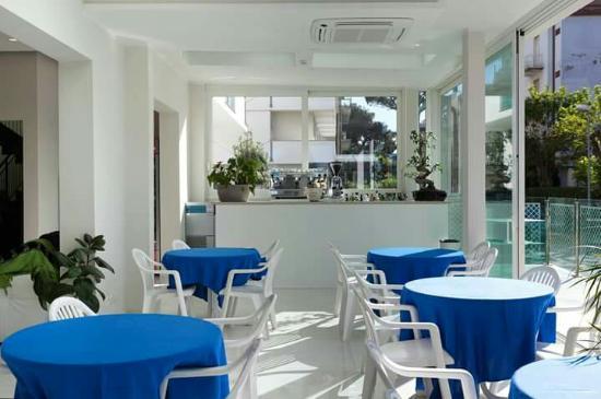Hotel Astra: Zona Bar