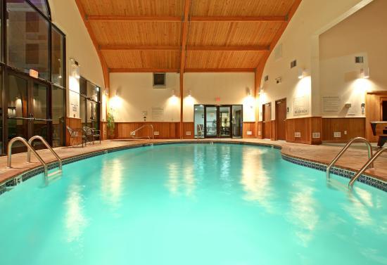 Harrison, AR: Swimming Pool