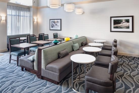 Homewood Suites by Hilton Mahwah: Dinning Area