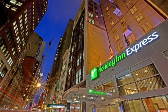 Holiday Inn Express New York City Fifth Ave Hotel
