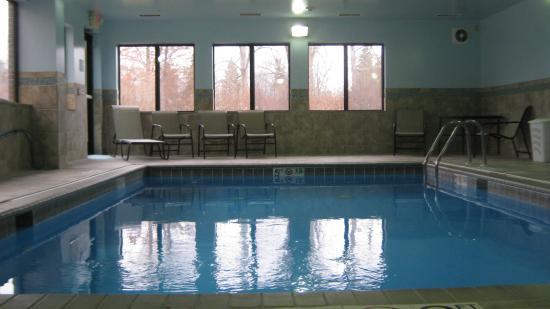 North Lima, OH: Swimming Pool