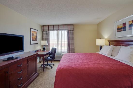 O'Fallon, IL: CountryInn & Suites OFallon  Guest Room