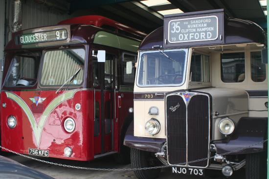 Witney, UK: A couple of single deck buses