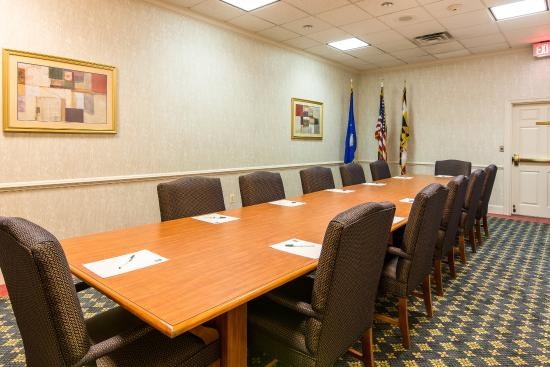 Quality Inn Camp Springs-Andrews AFB: Conference Room