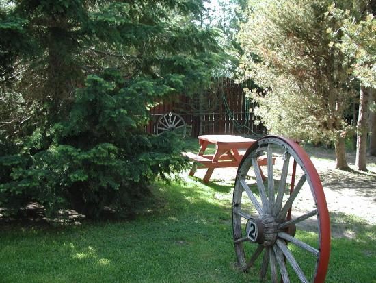 Wagon Wheel RV Campground and Cabins: Campground