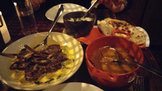Vij's Restaurant: Lamb chops, nan, rice