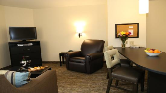 East Lansing, MI: One Bedroom Suite Living Room